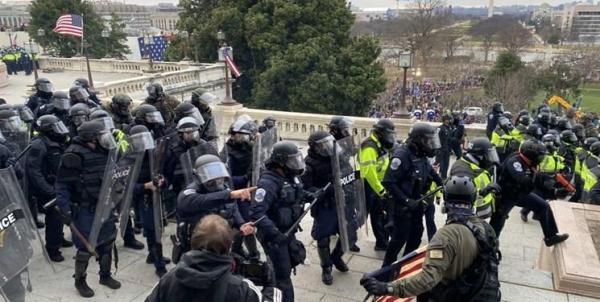 60 پلیس کنگره آمریکا مجروح شدند