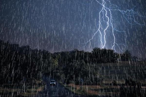 پیش بینی بارش باران در 23 استان
